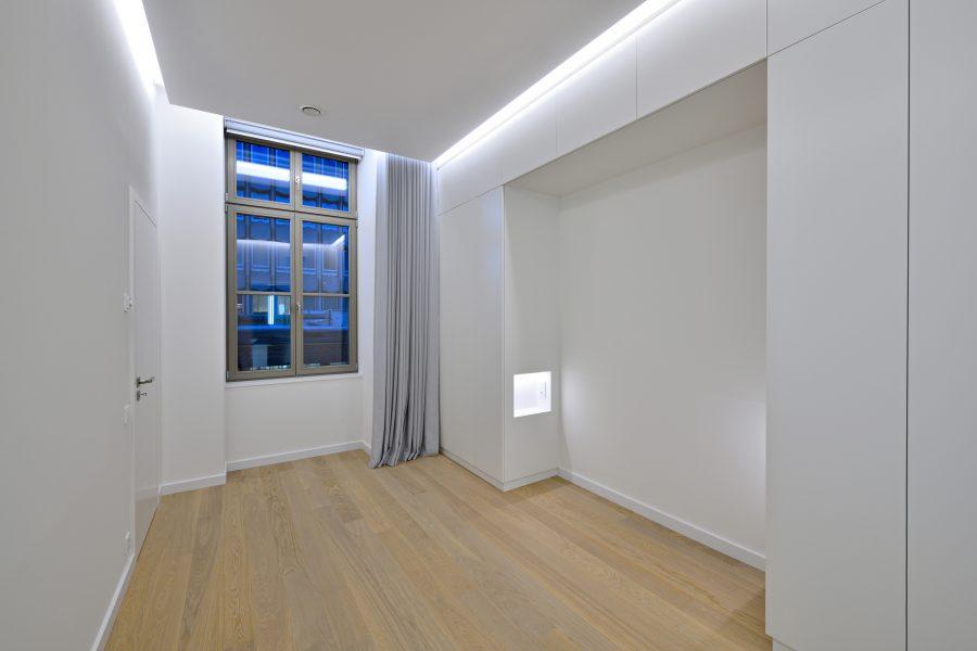 L233-Fenster2-3_GBP_12